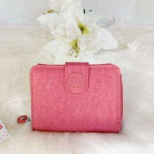 NWT Kipling New Money Wallet